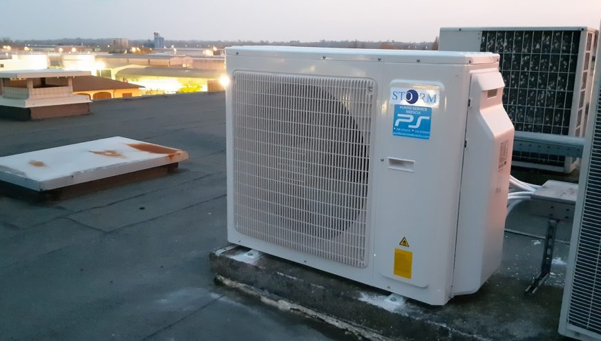 un. esterna climatizzatore Storm-condizionatori Brescia